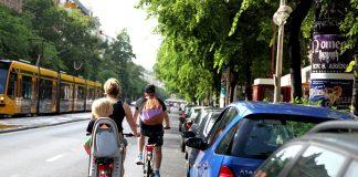 Gyereküléssel és bringával a Nagykörúton